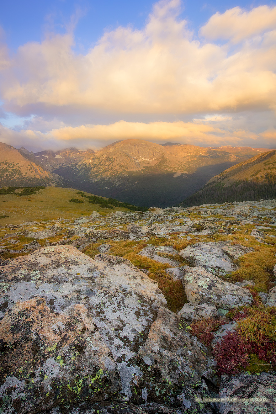 The first light of day illuminates Terra Tomah mountain in Rocky Mountain National Park, Colorado. - Colorado Picture